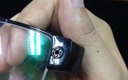 Des montres et lunettes connectées au service d'une tricherie ratée
