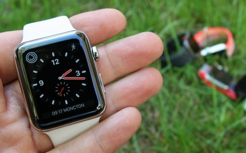 Quelle Apple Watch acheter en 2017 ?