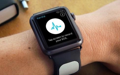 Une future Apple Watch pourrait incorporer un électrocardiographe