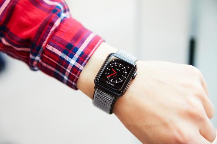 C'est bientôt l'heure de l'Apple Watch cellulaire chez SFR ou Bouygues?