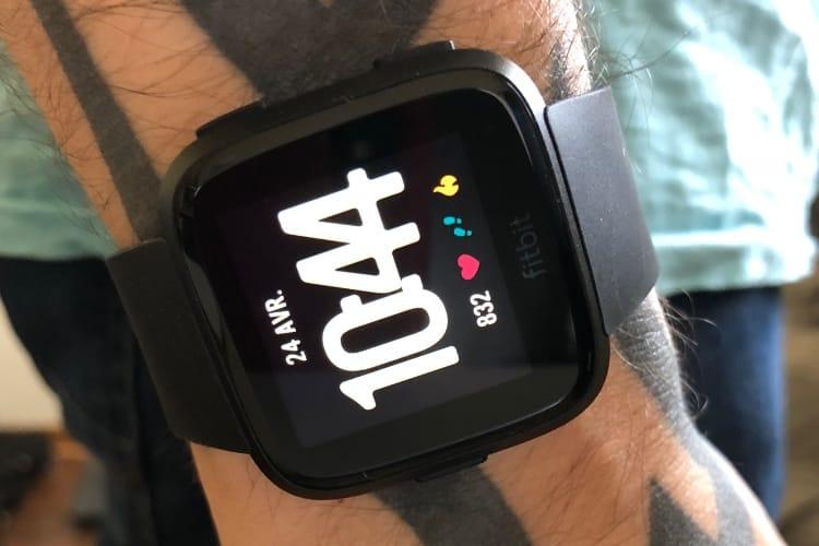 Test de la Fitbit Versa : connectée et convaincante
