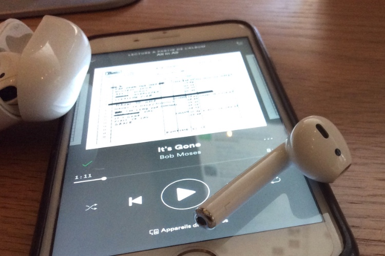 iOS 12 : l'écoute avec 1 seul AirPod est pluspratique